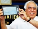 Sibal Seeks To Lower Taxes On Tablets and Mobile Phones