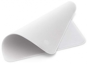 Apple's Polishing Cloth Is The Best Thing Since Sliced Bread