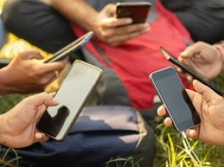 15 Best Smartphones Under Rs.10,000 (2021)