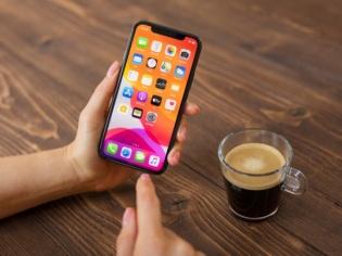 Mid-range smartphones emerge as customer favourites this festive season, reveals Amazon survey